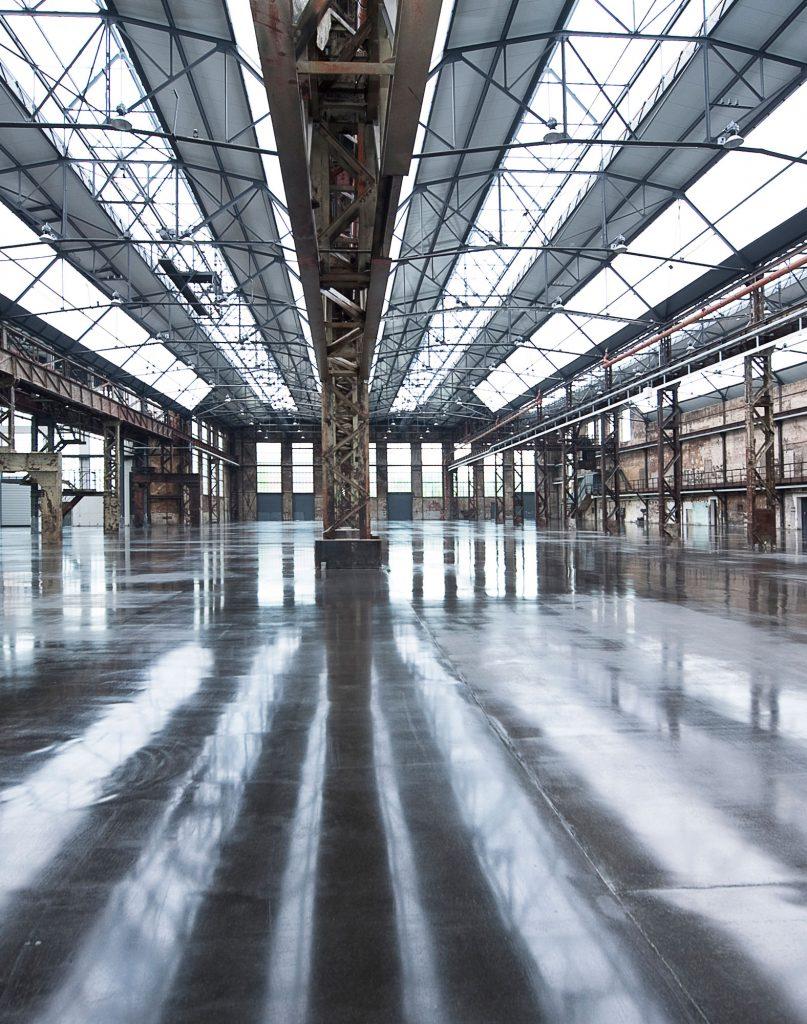 Verlassene Halle Architekturfotografie