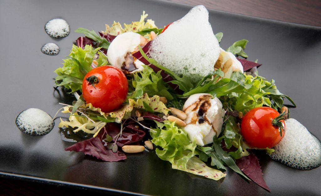 Fotografie Salat angerichtet Werbestudio Hild