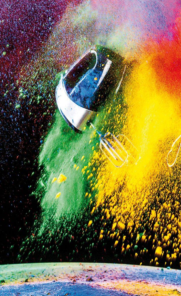 Mixer in Farbpulver Fotografie