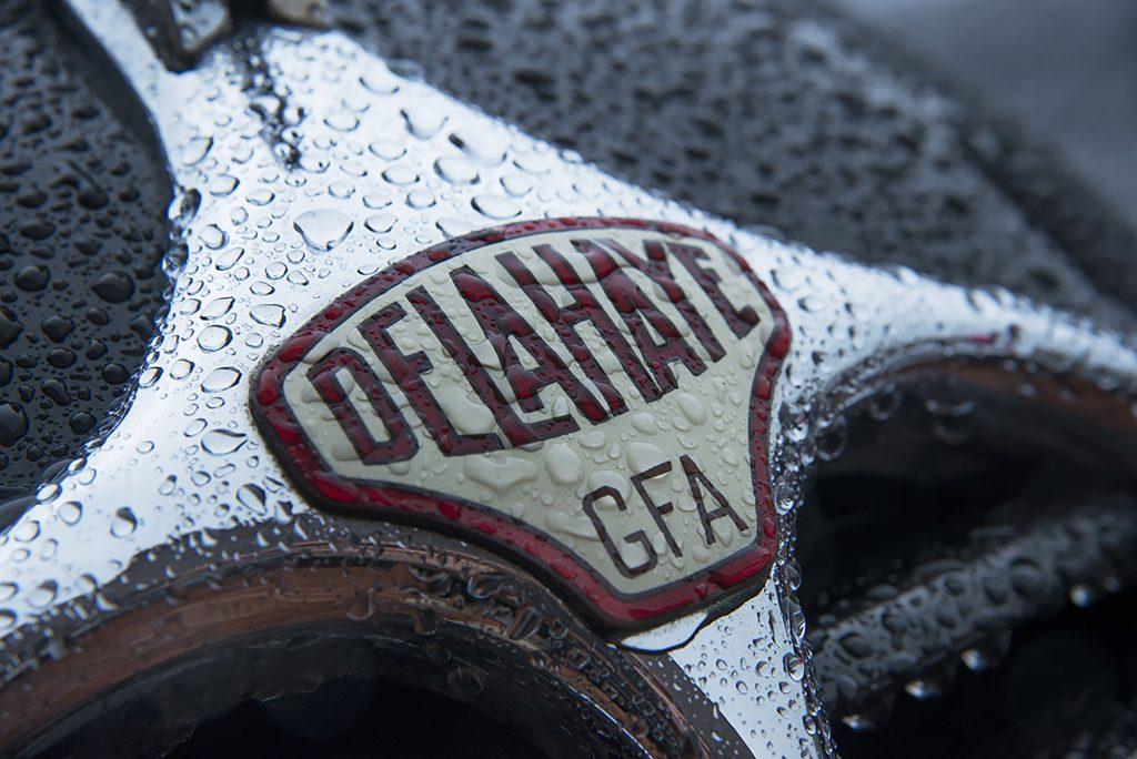 Delahaye Oltime Kühlergrill Logo