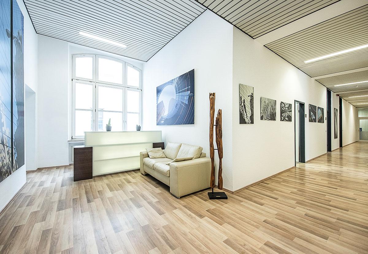 Eingangsbereich und Tresen Werbestudio Hild